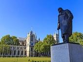 처칠동상,동상,조각,유명인,위인,런던,풍경,전경,실외,건축,고건축,전통,건물,빌딩,영국,해외,여행,유럽,