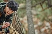 남성, 산, 산악등반 (클라이밍), 비대면, 산림, 혼자여행, 돌 (암석), 쌓기 (움직이는활동), 소원
