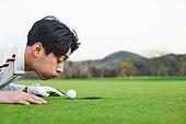 골프, 골프필드, 남성, 퍼팅, 골프홀, 입김, 불기