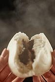 빵 (식료품), 군것질 (Food And Drink), 찐빵 (음식)