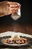 군것질 (Food And Drink), 디저트, 크로플, 브런치 (식사), 홈메이드, 슈가파우더