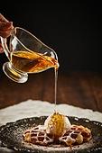 군것질 (Food And Drink), 디저트, 크로플, 브런치 (식사), 홈메이드, 시럽
