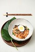 비빔국수 (국수), 면 (갈아서만든음식)