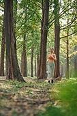 걷기, 조깅 (운동), 운동, 걷기 (물리적활동), 산책길, 레깅스, 건강관리, 여가 (주제), 산책길 (보행로)