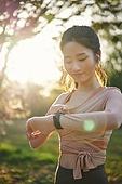 걷기, 조깅 (운동), 운동, 걷기 (물리적활동), 스마트워치, 스마트워치 (디지털시계), 이어폰, 무선이어폰