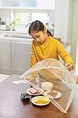 어린이 (나이), 식사, 혼밥, 외로움 (컨셉)