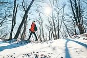 겨울, 산 (지세), 하이킹 (아웃도어), 산악등반 (클라이밍), 등산로 (길), 하이킹, 산악등반, 체력, 걷기, 취미, 등산로, 아이젠, 운동