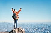 국내여행 (여행), 겨울, 산 (지세), 하이킹 (아웃도어), 산악등반 (클라이밍), 국내여행, 탐험 (컨셉), 하이킹, 산악등반, 도전, 도전 (컨셉), 체력, 성취, 취미, 자신감, 운동, 맨위 (위치묘사), 성공, 산봉우리