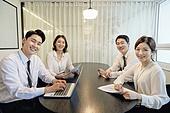비즈니스, 비즈니스 (주제), 사업관계 (비즈니스), 비즈니스미팅, 비즈니스맨, 커뮤니케이션, 토론, 노동자 (직업), 팀워크 (협력), 화상회의 (컨퍼런스콜)