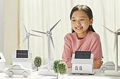 연료와전력발전 (주제), 풍력 (대체에너지), 풍력터빈, 대체에너지 (연료와전력발전), 대체에너지, 풍력터빈 (터빈), 지속가능한에너지 (연료와전력발전), 탄소배출권 (주제), 탄소중립 (환경보호), 소녀 (여성), 태양열에너지 (대체에너지), 태양열장비 (동력장비), 태양열에너지집열판