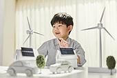 한국인, 연료와전력발전 (주제), 풍력 (대체에너지), 풍력터빈, 대체에너지 (연료와전력발전), 대체에너지, 풍력터빈 (터빈), 지속가능한에너지 (연료와전력발전), 탄소배출권 (주제), 탄소중립 (환경보호), 태양열에너지 (대체에너지), 태양열장비 (동력장비), 태양열에너지집열판