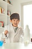 어린이 (나이), 유치원생, 교육 (주제), 초등교육 (교육), 유아교육, 초등학생, 과학, 연구 (주제), 실험실장비 (장비), 호기심