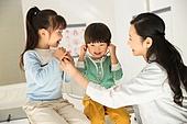 병원, 진찰 (치료), 의사, 소녀, 소년
