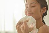 뷰티, 의료성형뷰티 (주제), 스킨케어, 사람피부 (주요신체부분), 안티에이징, 세수, 씻기, 페이셜클렌저 (세면도구), 한국인