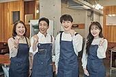 한국인, 상점, 시간제근무 (직업), 소유자 (직업), 미소, 밝은표정, 파이팅 (흔들기)