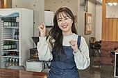 한국인, 상점, 시간제근무 (직업), 채용, 미소, 여성, 파이팅 (흔들기)