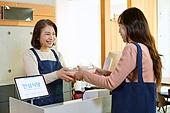 한국인, 음식, 포장, 상인 (소매업자), 고객 (역할), 용기내 챌린지, 제로웨이스트, 밀폐용기 (용기), 건네주기 (주기)