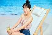 여름, 해변, 쾌활한표정 (밝은표정), 여성, 시원함 (컨셉), 상업이벤트, 포즈취하기 (사진촬영), 칵테일
