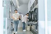 무인세탁소, 빨래, 세탁기, 빨래바구니, 건조기, 대화, 세탁업자 (가게)