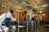 한국인, 상인 (소매업자), 코로나19 (코로나바이러스), 불경기, 실패 (컨셉), 위기, 우울, 스트레스