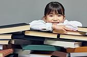 어린이 (나이), 초등학생, 초등교육, 교육 (주제), 공부 (움직이는활동), 학생, 창의성, 소녀 (여성), 호기심