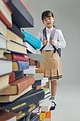 어린이 (나이), 초등학생, 초등교육, 교육 (주제), 공부 (움직이는활동), 학생, 창의성, 학습격차, 소녀 (여성), 호기심
