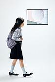 한국인, 어린이 (나이), 미술관 (박물관), 미술 (미술과공예), 예술품 (인조물건), 전시 (문화와예술), 아이디어, 창의성, 호기심