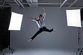 한국인, 남성 (성별), 사람, 비즈니스맨 (사업가), 도전, 열정 (컨셉), 비즈니스 (주제), 화이트칼라 (전문직), 활력, 점프 (물리적활동)