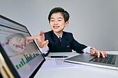 어린이 (나이), 조기경제교육 (사회이슈), 경제, 화폐 (금융아이템), 금융 (Finance and Economy), 투자, 주린이, 주식시장 (금융), 주가지수 (금융기호)