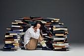 어린이 (나이), 교육 (주제), 공부, 학습격차 (사회이슈), 짜증, 피로 (물체묘사), 스트레스, 번아웃증후군 (격언), 조기교육