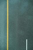 아스팔트, 도로, 도로 (길), 안전운전, 미끄러지기쉬움 (물체묘사), 자동차보험, 탑앵글 (카메라앵글)