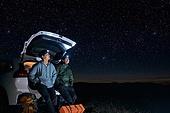 남성, 별 (우주), 여행, 밤 (시간대), 헤드램프 (손전등), 자동차, 미소