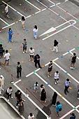 선별진료소, 병원 (의료시설), 시험 (사건), 코로나19 (코로나바이러스), 사회적거리두기 (사회이슈), 사회이슈 (주제), 불안, 걱정, 집합금지 (주제), 방역수칙 (주제), 바이러스 (미생물), 코로나바이러스 (바이러스)