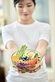 여성, 비건, 채식 (음식), 건강관리 (주제), 다이어트, 채소