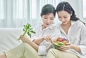 여성, 비건, 채식 (음식), 건강관리 (주제), 다이어트, 미소