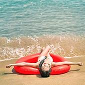의료성형뷰티 (주제), 뷰티, 비키니, 수영복, 여름, 여행, 해변 (해안), 휴가 (주제), 일광욕 (정지활동), 여성 (성별)