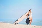 의료성형뷰티 (주제), 뷰티, 비키니, 수영복, 여름, 여행, 해변 (해안), 휴가 (주제), 서핑, 서핑보드 (수중스포츠장비)
