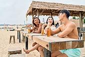 여름, 여행, 휴양, 해변 (해안), 휴가 (주제), 비치웨어 (옷), 맥주, 술 (음료)