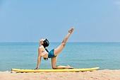 여성, 요가, 균형 (컨셉), 여행지 (여행), 이완운동 (스포츠), 다리올리기