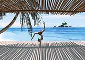요가, 운동, 여성 (성별), 한명, 취미, 라이프스타일, 풍경 (컨셉), 야자나무 (열대나무), 해변