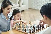 어린이 (나이), 체스, 가족, 딸, 미소