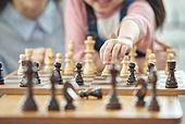 어린이 (나이), 체스, 가족, 딸, 창의성, 엄마, 체스말