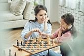 어린이 (나이), 체스, 가족, 딸, 창의성, 엄마, 미소
