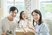 이사, 가족, 미소, 밝은표정, 행복, 주택소유 (부동산)