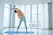중년여자 (성인여자), 건강한생활, 요가, 스트레칭, 액티브시니어, 유연성, 활력, 홈트레이닝 (운동)