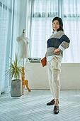 중년여자 (성인여자), 패션 (주제), 자신감, 사무실