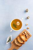 따뜻한 빵과 수프