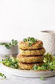 Green broccoli and quinoa burgers