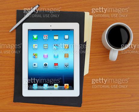iPad 3 on desk