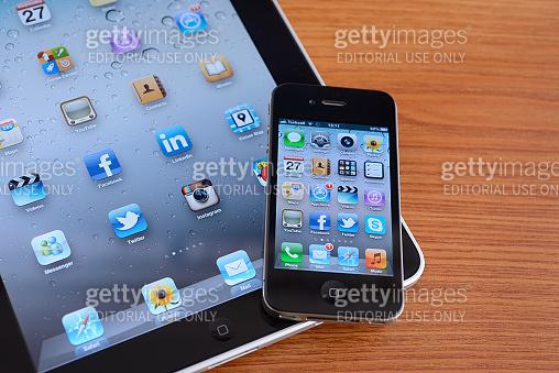iPad and iPhone 4
